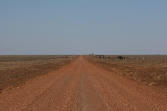 photo 2.7 Road to Hughenden_1
