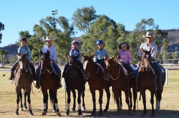 7.10Towne family at Alice Springs campdraft