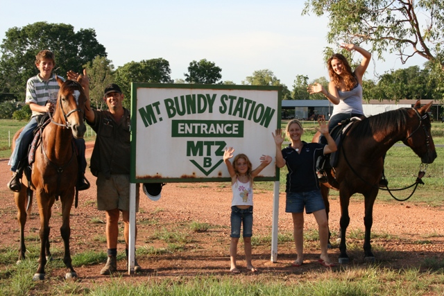 Bundy Bunch-07 1.2
