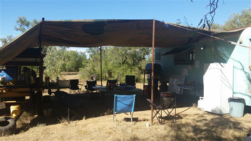6.3 Stock camp set up (Small)