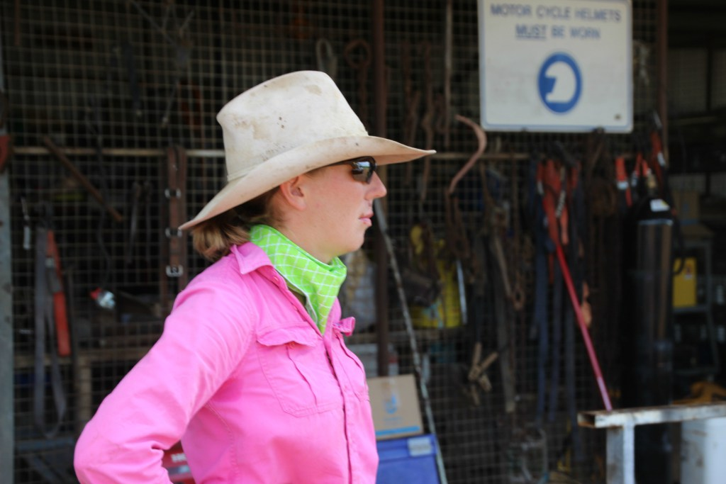 Outback Cattle Station: People – Headstockman